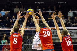 2016_048_OlympiaQualiDeutschland-Serbien | Angriff von FROMM Christian (#1 Deutschland) gegen Dreierblock IVOVIC Marko (#8 Serbien), LISINAC Srecko (#20 Serbien), BROJOVIC Aleksa (#16 Serbien)