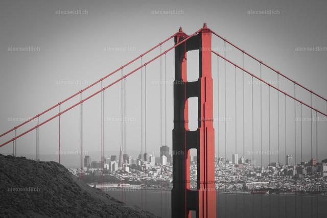 Golden Gate Bridge pillar close up