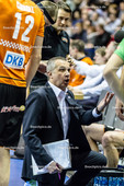 2016_026_CLM_BRVolleys-Belgorod | Trainer Roberto Serniotti (BRVolleys Trainer) in der Auszeit