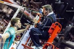 2016_035_OlympiaQualiDeutschland-Polen | Diskussion mit Schiedsrichter KAMPA Lukas Immanuel (#11 Deutschland)